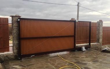 изготовление откатных ворот